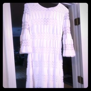 White show stopper lace dress